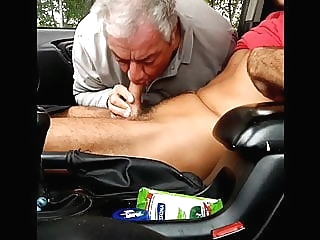 amateur (gay) blowjob (gay) daddy (gay)