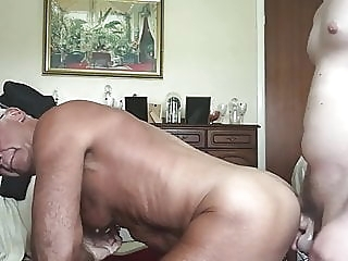 amateur (gay) bareback (gay) big cock (gay)