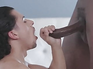 bareback (gay) big cock (gay) blowjob (gay)